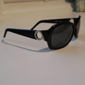 Nine West black polarized sunglasses